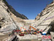 世界第一高坝双江口水电站首仓混凝土浇筑
