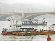 匈牙利沉船事故已致12人死亡 仍有16人下落不明