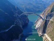 """11年,""""中国最难隧道""""平行导洞贯通了!"""