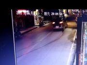 重庆驾车撞人致4死 目击者:肇事者系刑满释放人员