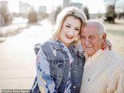 79岁老人求婚24岁女子 两月不到结婚还准备生子