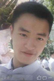武汉大学生返家途中失联 父亲挨个火车站查监控