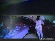凌晨惊醒,看到保姆进了自己卧室 她真的是在梦游吗?