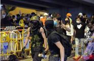 香港暴徒骚扰市民:手机推送威胁内容、强迫站队