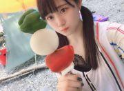 日本女星河边开心玩水 照片意外拍到诡异身影