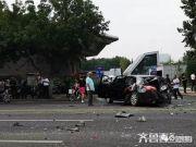 济南闹市10车连撞 肇事厢式货车疑似刹车失灵