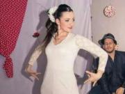 舞台烟火装置爆炸 西班牙女歌手身亡 经纪公司哀痛发声