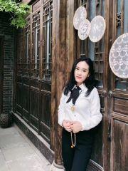 成都26岁女教师送材料路上闹市失联3日!在英国留学刚回国工作