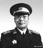特殊经历的开国中将 曾是蒋介石最信任的谋士 却与周恩来单线联系