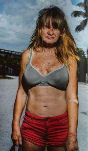 摄影师镜头下吸毒的妓女们:背后故事满含辛酸(图)