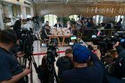 14小时500问!乌总统答记者问创世界纪录 中途失声靠打针