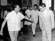 邓小平向金庸透露为何不当国家主席:不是没这个资格