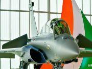 印度新一代战斗机交付 一个椰子被摆上机头!这到底是什么用意?
