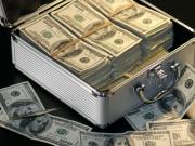 美国债突破23万亿美国还不知道怕 今天,世界黄金协会还报告了一个惊人数据
