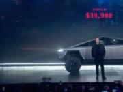 刚刚!特斯拉发布全球首款电动皮卡Cybertruck,售价28万元起!