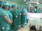 """2岁男孩捐献器官连救4人,心脏恢复跳动时,妈妈激动地说""""他又活了"""""""