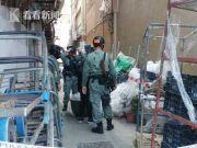 香港一投票站附近惊现50多枚汽油弹