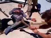 视频曝俄雇佣兵斩首叙利亚士兵 俄罗斯否认知晓内情