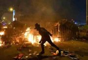 澳媒揭香港暴徒丑恶面:记者因如实报道遭死亡威胁