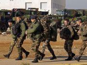又一场战争正在进行,13名法国军队士兵不幸遇难,6人是军官