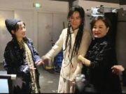 林青霞谢娜同框为张杰话剧捧场 张杰狂晒三人合影