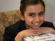 """10岁女孩拥有""""超强大脑"""",比爱因斯坦和霍金还聪明"""