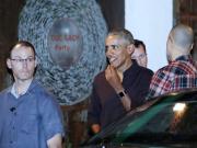 奥巴马在越南下馆子被免单 老板:没花几个钱