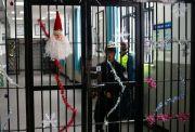 在上海青浦监狱,外籍服刑人员每天做什么?