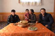 海外反华人士编造新疆亲友失踪谣言,记者实地采访揭穿