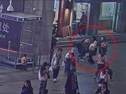40岁妇女在上海火车站抢2岁女童被刑拘 检察机关提前介入