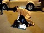 妻子停车场脱小三内裤拍视频一审无罪,受辱者上诉