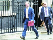 """英国首相约翰逊入ICU 发言人称其""""身体状况稳定,没使用呼吸机"""""""