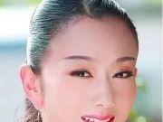 当61岁杨丽萍遇上62岁邓婕,网友:保养与自然老去的差别