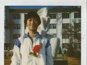 独生女去德国留学失踪17年,终于找到,已是大学教授不愿回国