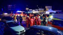 意大利北部滑雪胜地发生致命事故:汽车冲入一旅游团,致6死