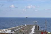 美国杜鲁门号航母逼近伊朗 舰载战斗机密集出动