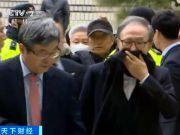快八十岁的韩国前总统李明博出庭受审!检方要求判刑23年