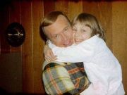 史上最疯狂的父母:12 岁女儿被绑架,他们竟同时爱上绑匪