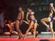 辣眼!珍贵!1987年,中国第1届健美比赛,这肌肉什么水平?