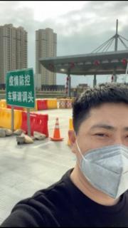 温州司机流浪14天:泡面吃到口腔溃疡 离家30公里终于下高速