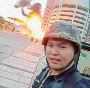 泰国枪击案现场画面曝光,民众仓皇而逃,凶手母亲听闻声泪俱下