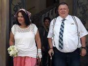 德新婚夫妇发生性关系,女子肠道受致命伤死亡,丈夫仅被判缓刑.