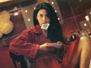 她是全香港男人的欲望!王晶的挚爱!为钱嫁富豪今破产!51岁邱淑贞会再落风尘吗?