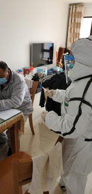 """被治愈的武汉新冠肺炎护士:写""""抗疫""""日记鼓励病友"""