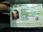 小罗因假护照被捕 入境巴拉圭此行是为儿童做慈善