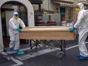 意大利医院太平间超负荷,每天12万侨胞飞回中国,机票昂贵难求