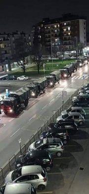 场面太凄惨,意大利军队出动军车转移死亡患者遗体