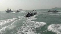 """忍无可忍!大陆渔船强势冲撞台湾""""海巡艇"""""""
