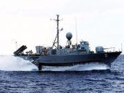 """""""我们中间出了叛徒"""",韩国海军快艇被炸翻,7人受伤2人濒死"""
