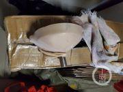 茅台制假窝点用丝袜过滤 卫生状况堪忧